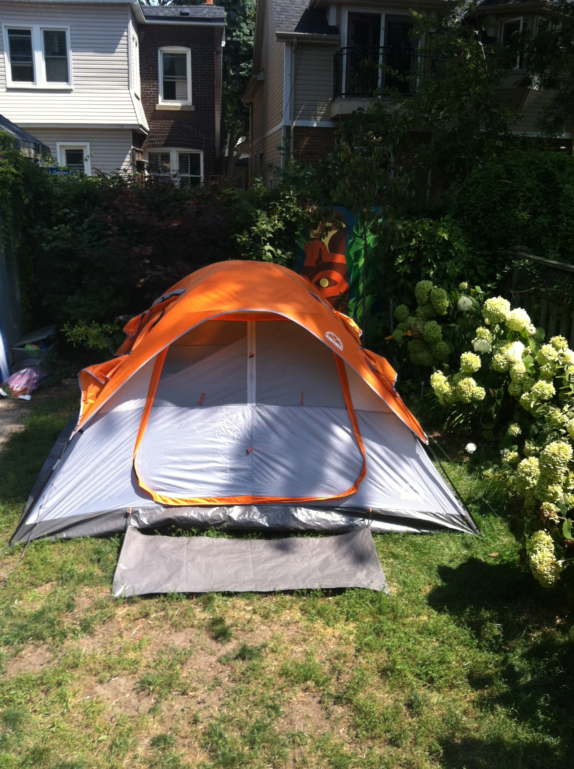 Sleeping In Tent In Backyard : Backyard Campout Weekend!  Summer of Funner